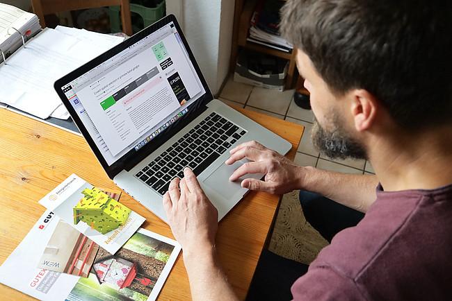 Praxistester Dr. Heiko Stemmann bei der Planung.