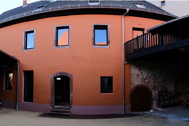 Dämmbotschafterin Butschbacher: Saniertes und gedämmtes Haus